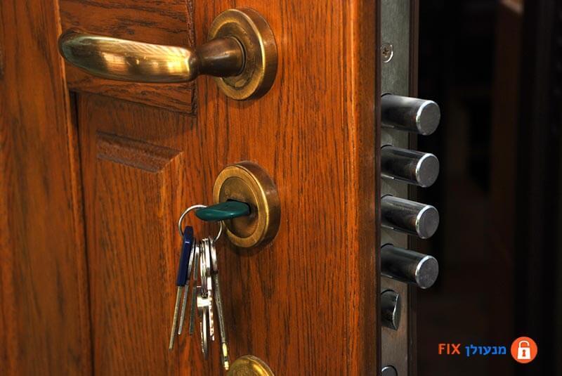 פריצת דלת כניסה מהר ובמחיר זול